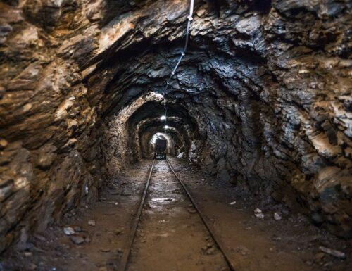 Monteneve: i minatori che fecero l'impresa