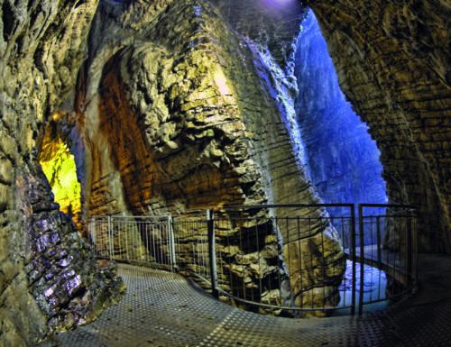 Cascata del Varone: un fascino turbolento e misterioso